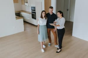 persuasiunea cuplu cumpara o casa