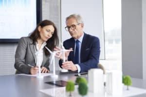 persuasiunea sedinta la birou