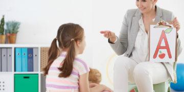Logopedie: ce este și cum poate ajuta un logoped pentru copii
