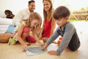 psihologia-copilului-copii-se-joaca