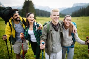 inteligența emoțională grup de prieteni