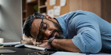 """Narcolepsie: tot ce trebuie să știi despre """"boala somnului"""""""