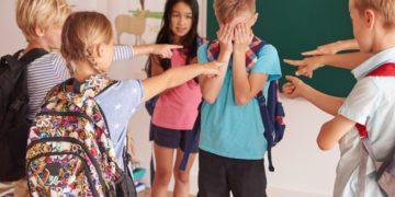 Bullying: care sunt efectele acestui fenomen și cum poate fi stopat